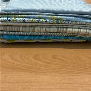 2 lbs of fabric pieces